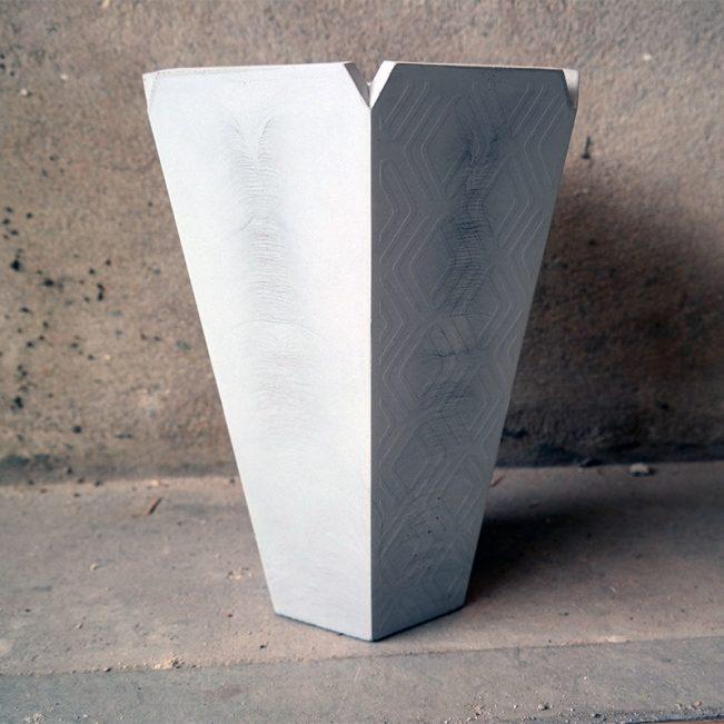 ALICE-beton-vaas-staand
