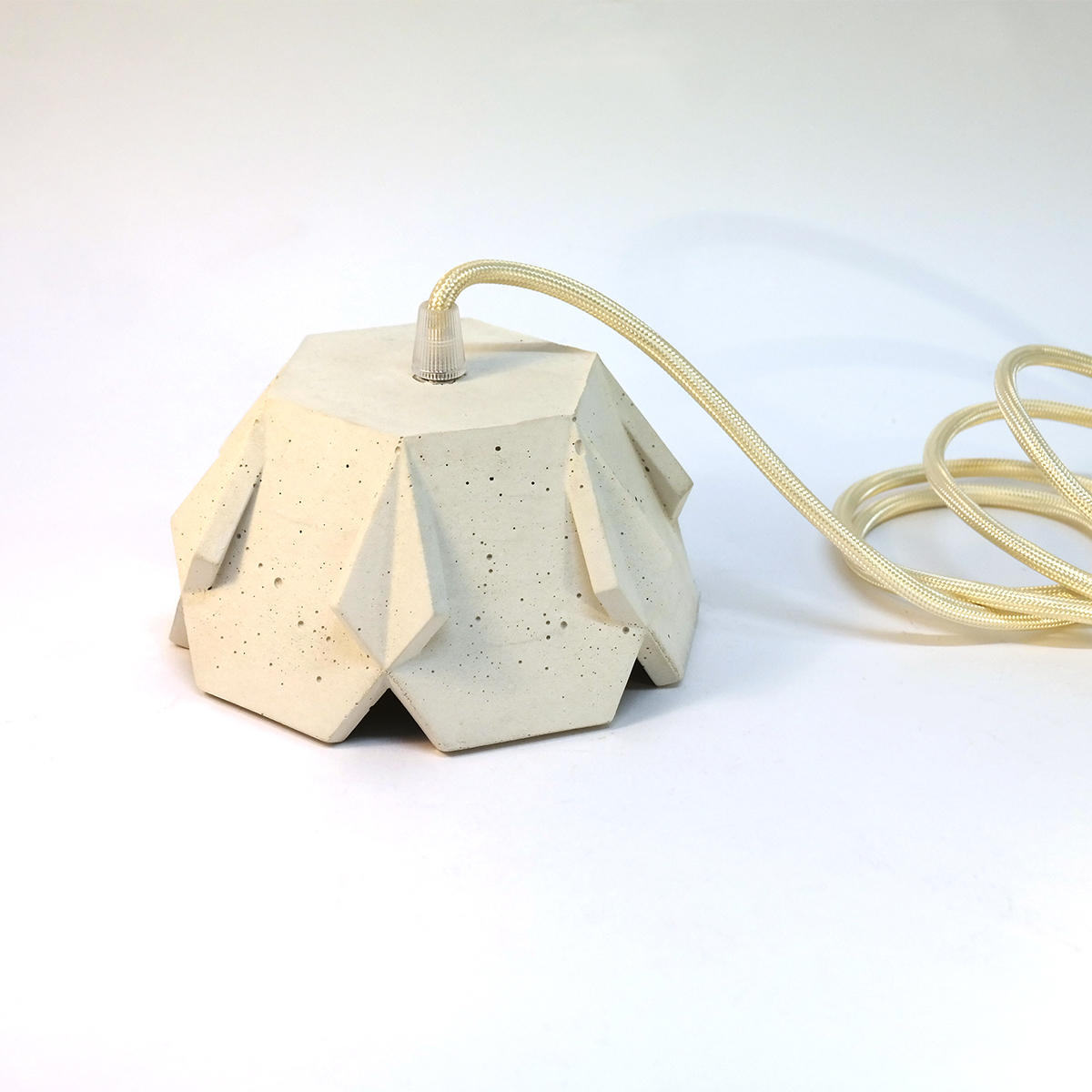 Jill-concrete-pendant-snow-down